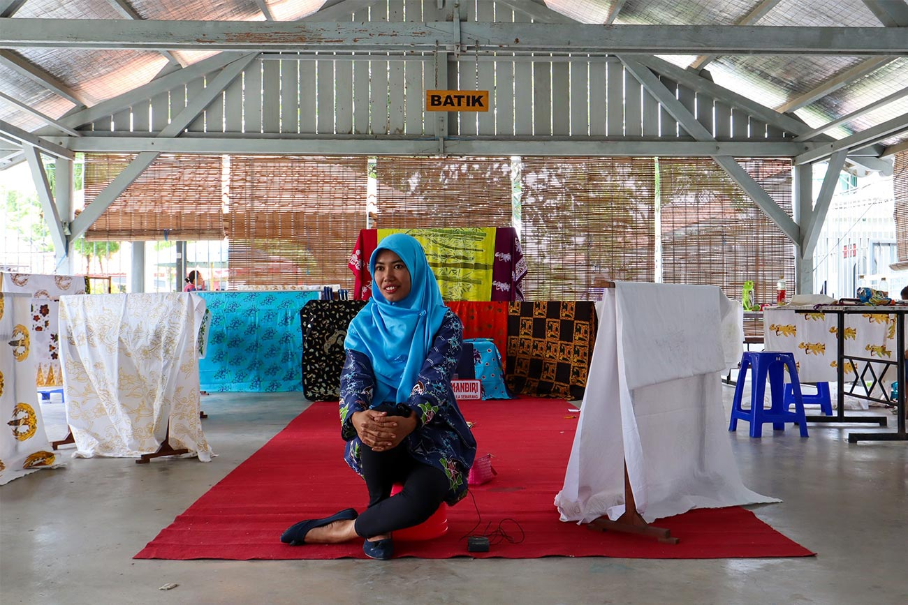 """""""Society may judge what we did, but it cannot judge what we will become"""": Providing a new chance to female prisoners in Indonesia"""