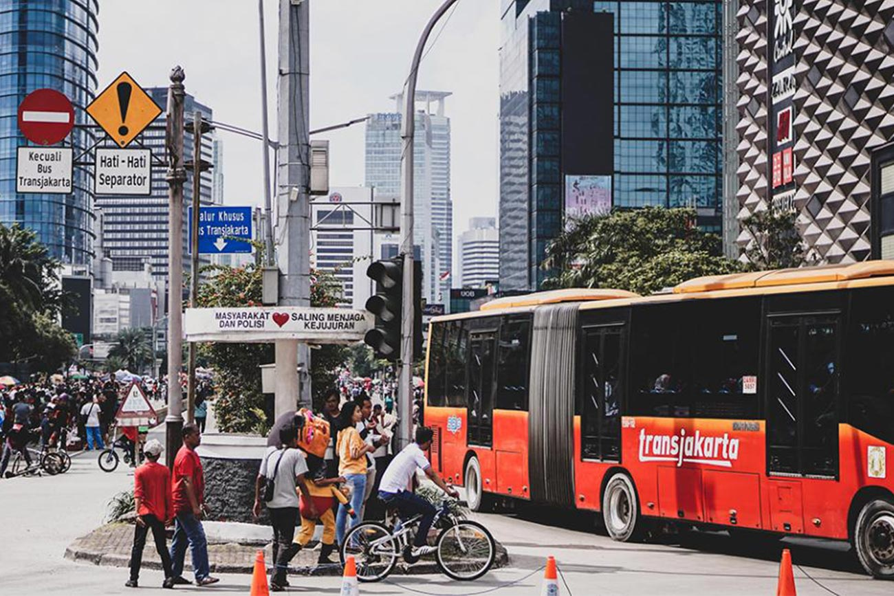 World's largest public bus system begins transition to electric vehicles